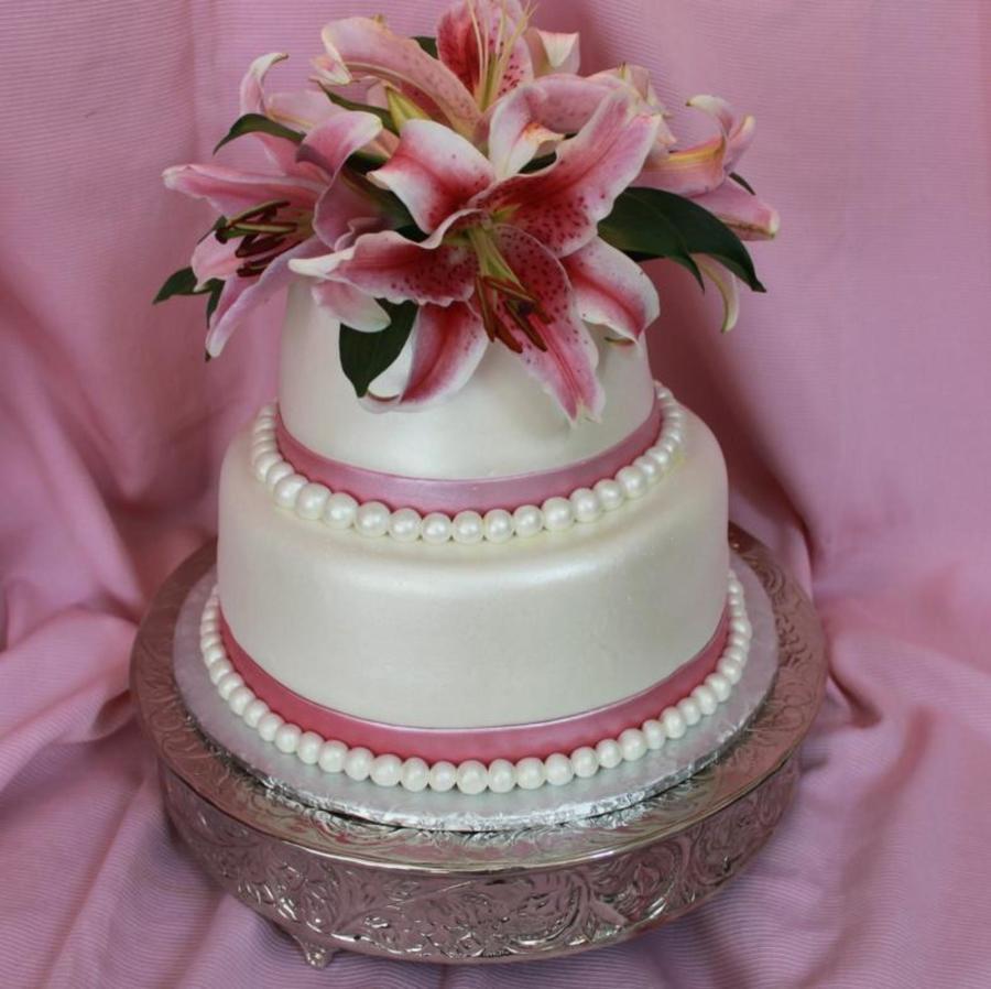 Картинки торт с лилиями