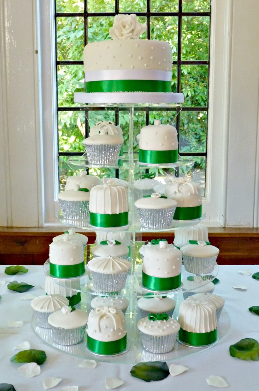 Emerald Green Cupcake Mini Cake Tower Cakecentral Com