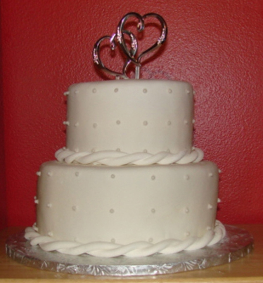Small Wedding Cake W/edible Pearls on Cake Central