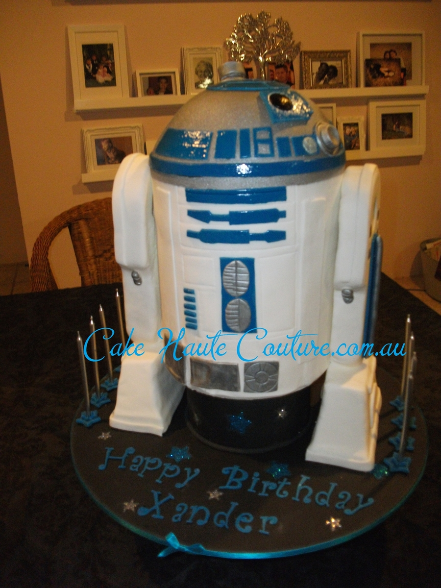 R2D2 Star Wars Cake on Cake Central