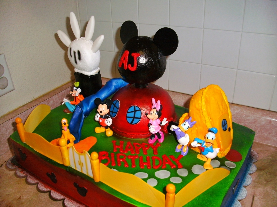 Mickey Mouse Clubhouse Cake - CakeCentral.com