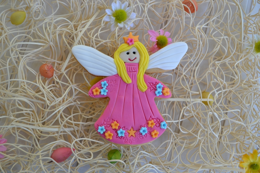 Fairy Cookie on Cake Central