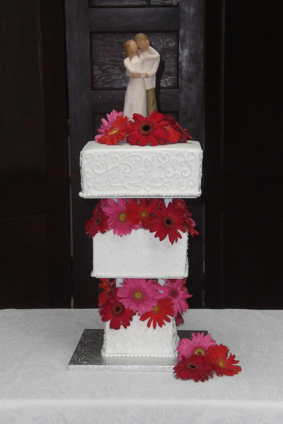 Reverse Stacked Wedding Cake on Cake Central