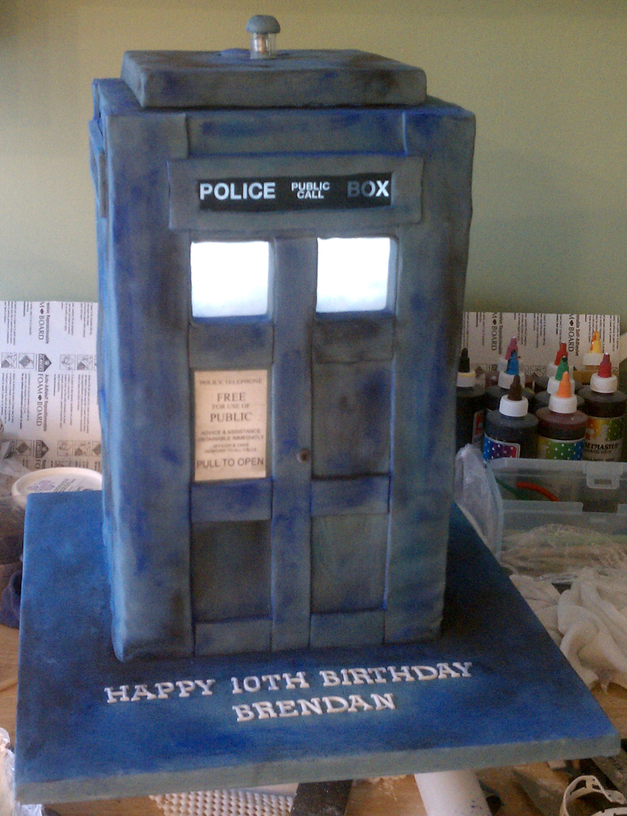 Dr. Who Tardis Birthday Cake on Cake Central