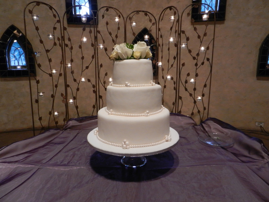 Pearls And Clusters on Cake Central