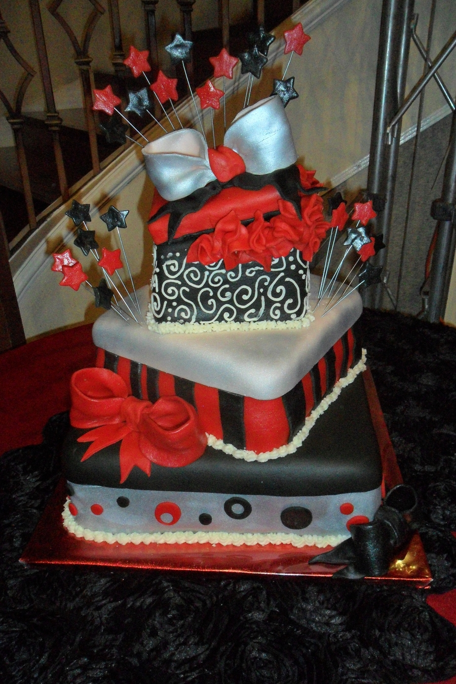 hollywood themed wedding cakes theme cake cakecentral 15272