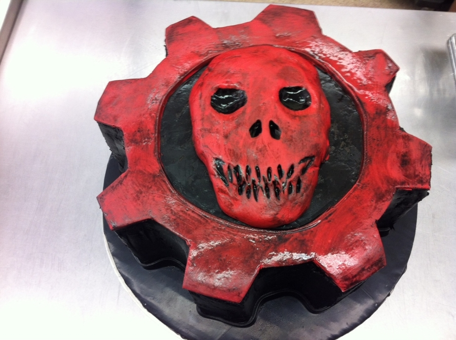Gears Of War 3 on Cake Central