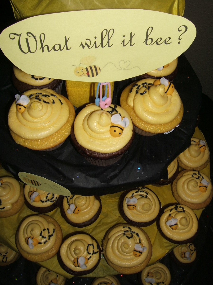 What Will It Bee...?? on Cake Central