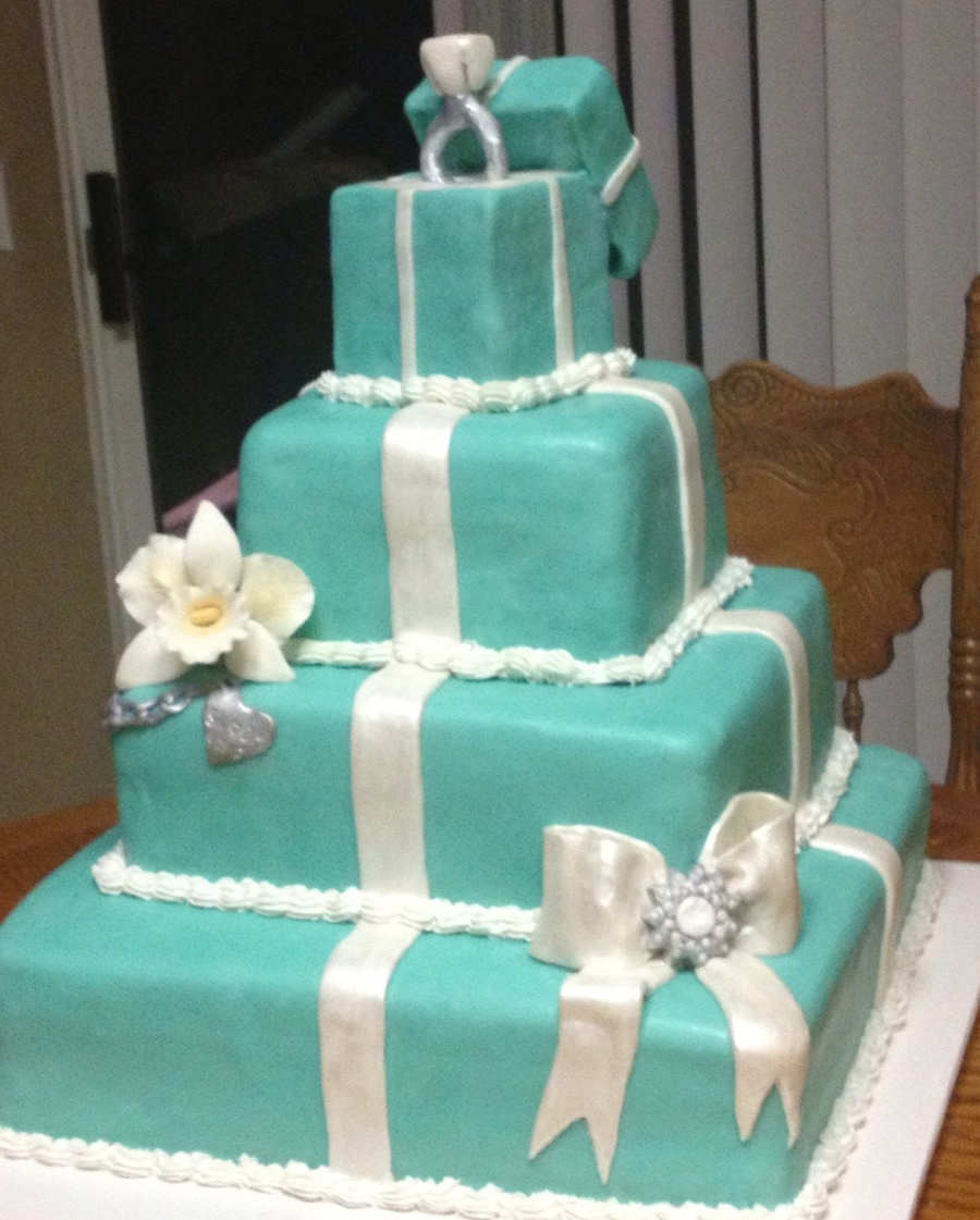 Tiffany Inspired Engagement Cake on Cake Central