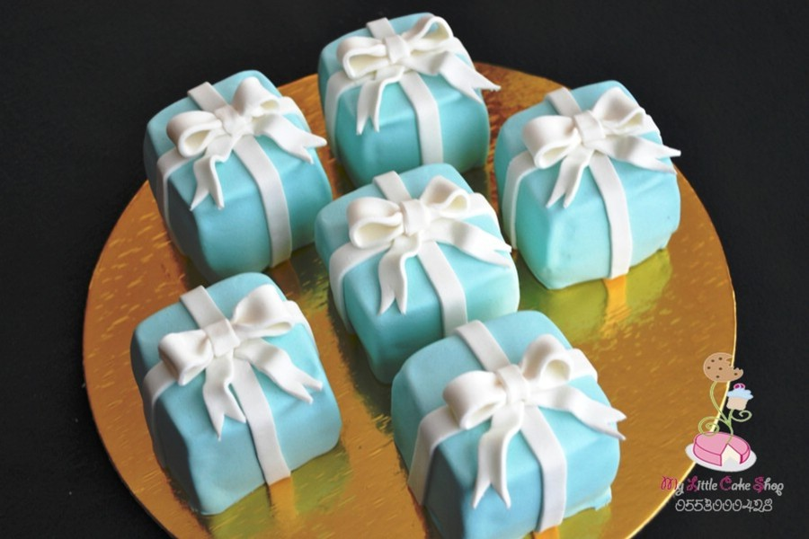 Tiffany Boxes Mini Cakes on Cake Central