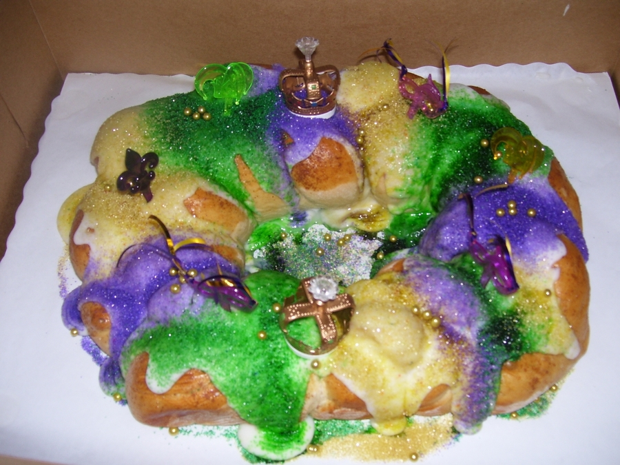 New Orleans Style Traditional King Cake on Cake Central