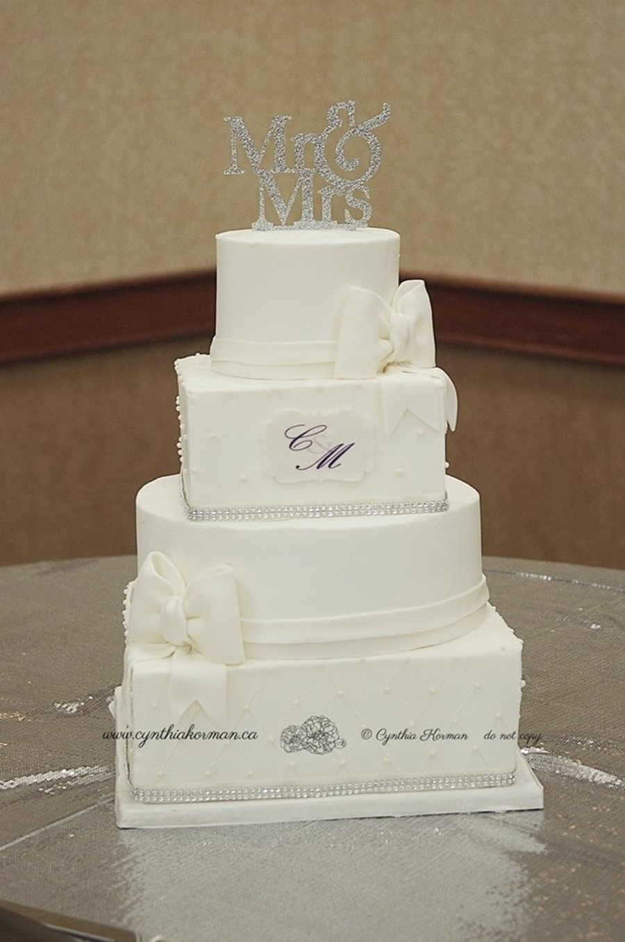Square And Round Tiered Cake