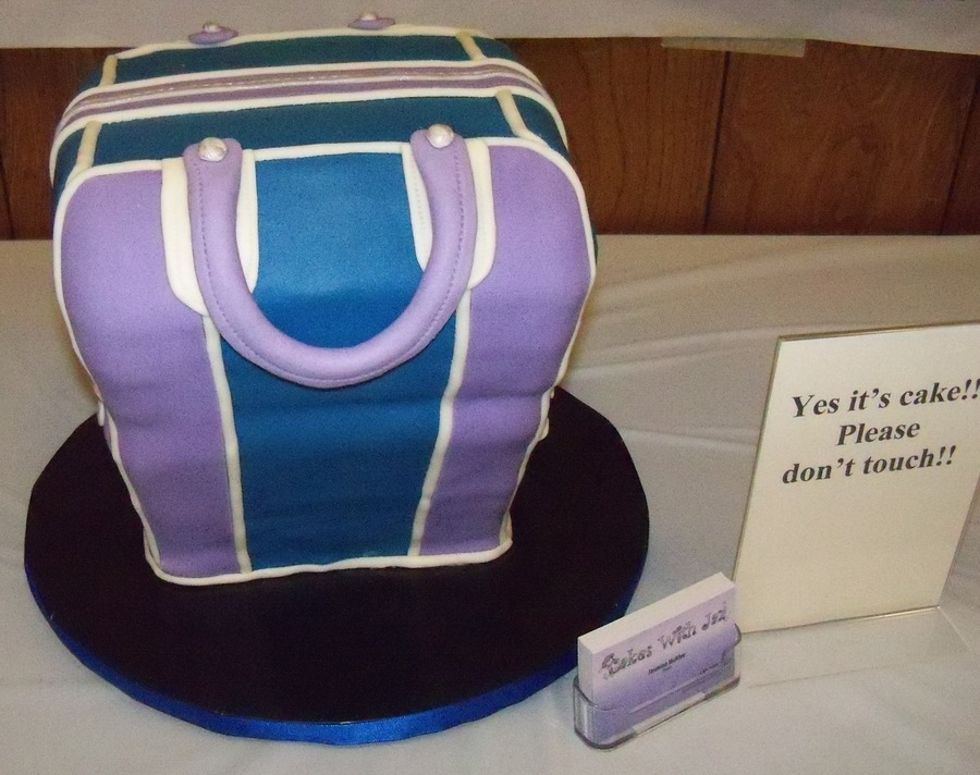 Bowling Bag on Cake Central
