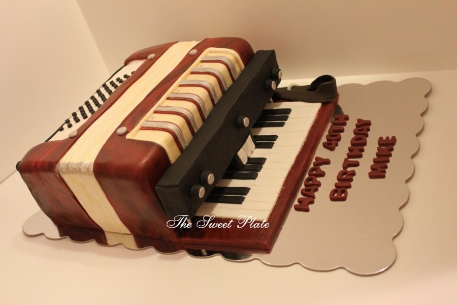 Accordian Cake on Cake Central