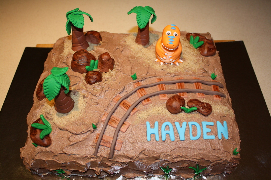 how to make a dinosaur train birthday cake