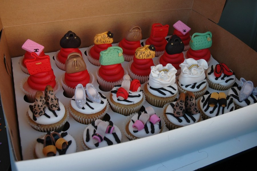 Mini Purses And Shoes on Cake Central