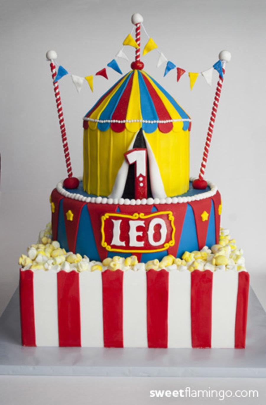 Leos Carnival Birthday CakeCentralcom