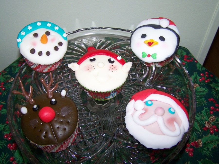 Assorted Christmas Cupcakes on Cake Central