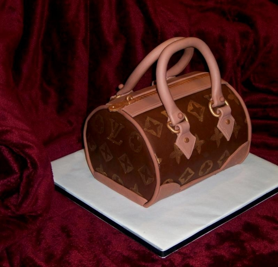 Louis Vuittton Purse on Cake Central