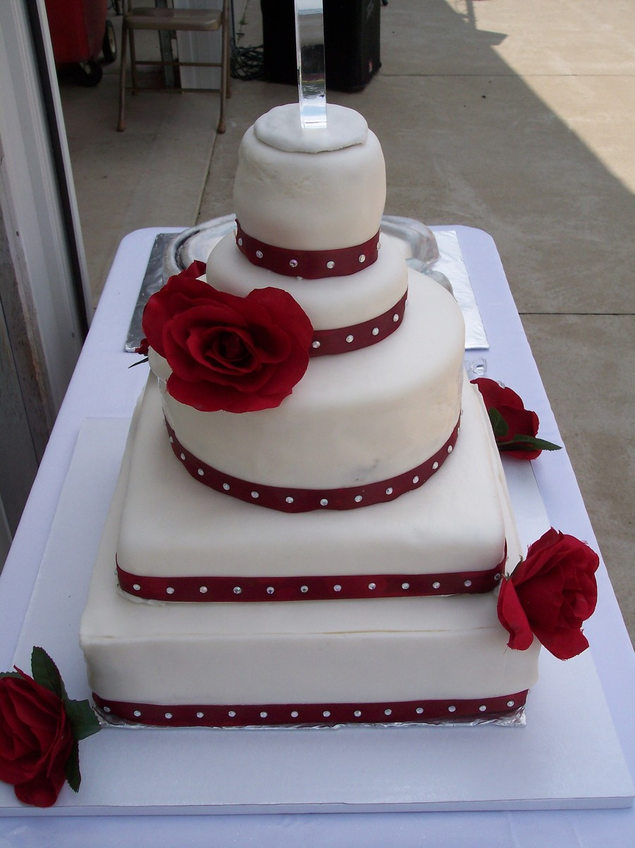 Horseshoe Weddingjpg on Cake Central