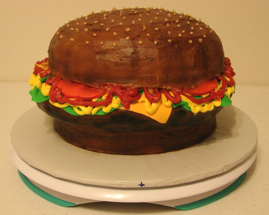 Hamburger on Cake Central