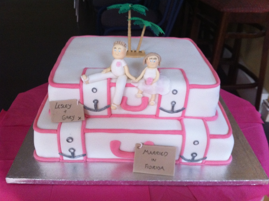 Suitcase Wedding Cake on Cake Central