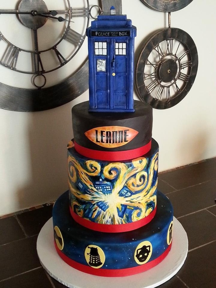 Hand Painted Doctor Who Cake On Central