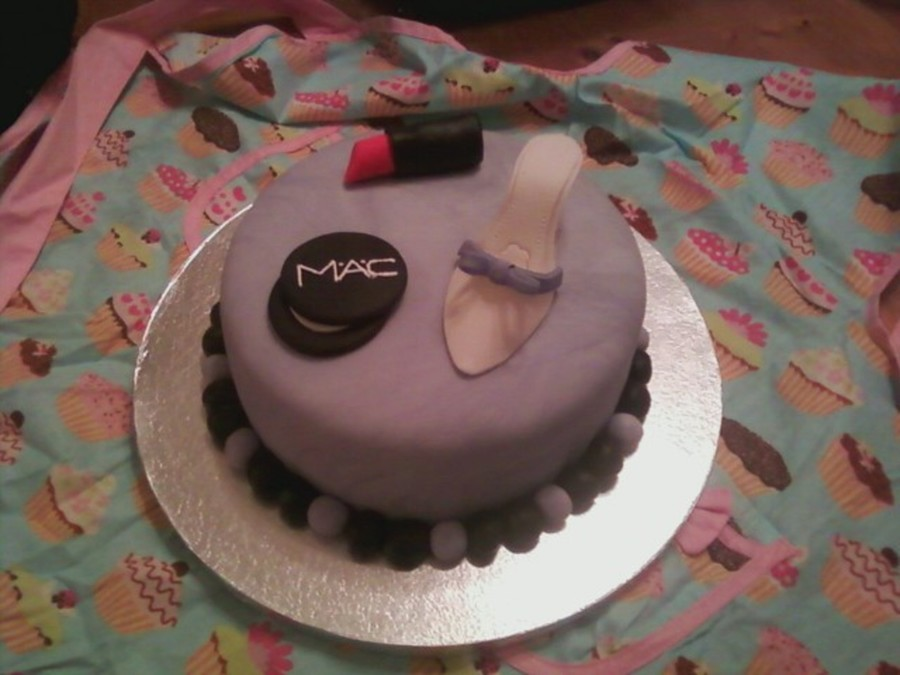 Mac And Mule Cake on Cake Central
