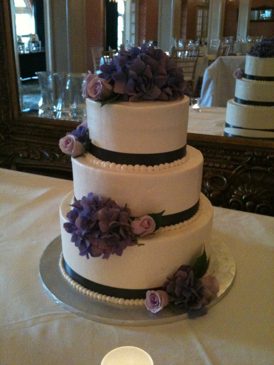 Hydrangea Cake on Cake Central