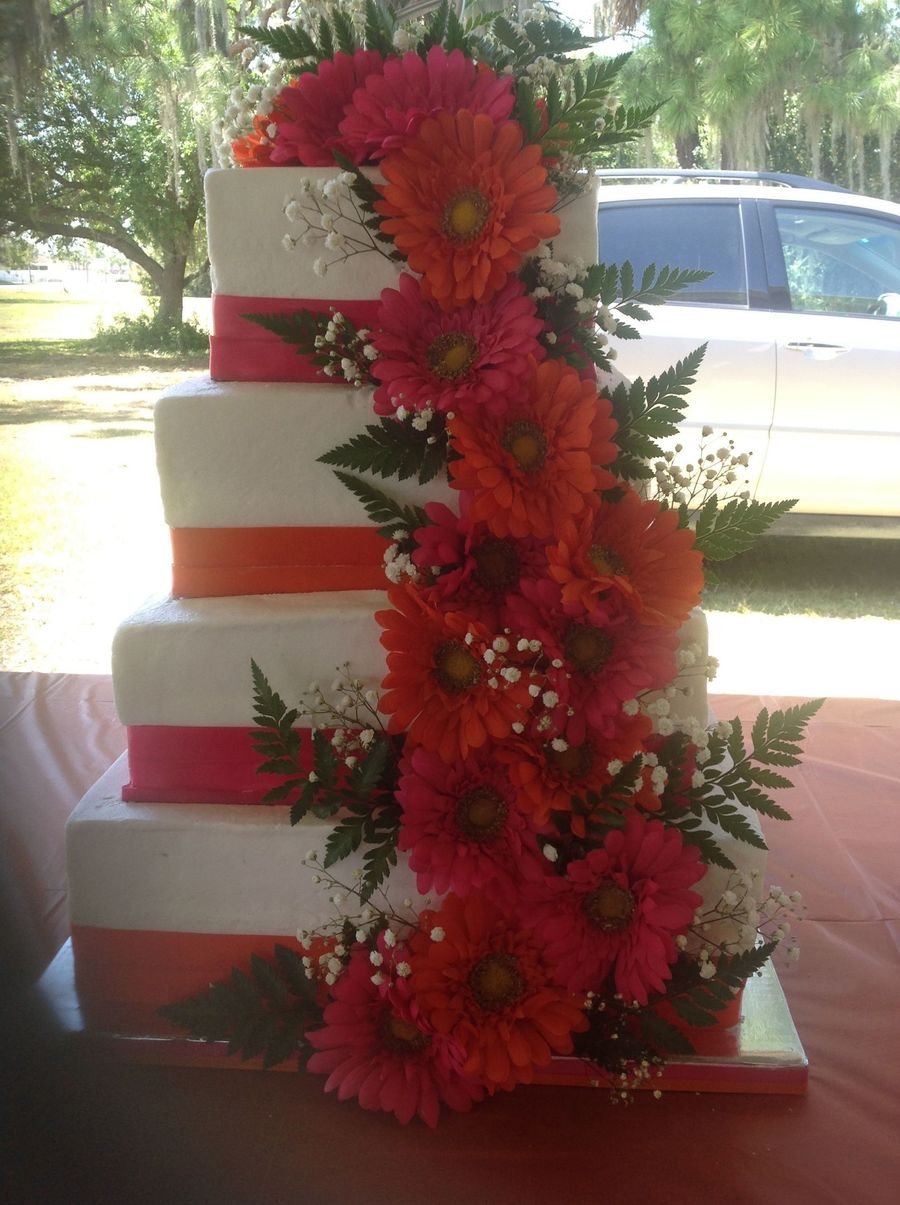 Layers Are 1412108 For 275 Servings Flowers Are Artificial As Per Request Of The Bride Leather Leaf And Babys Breath Are Real on Cake Central