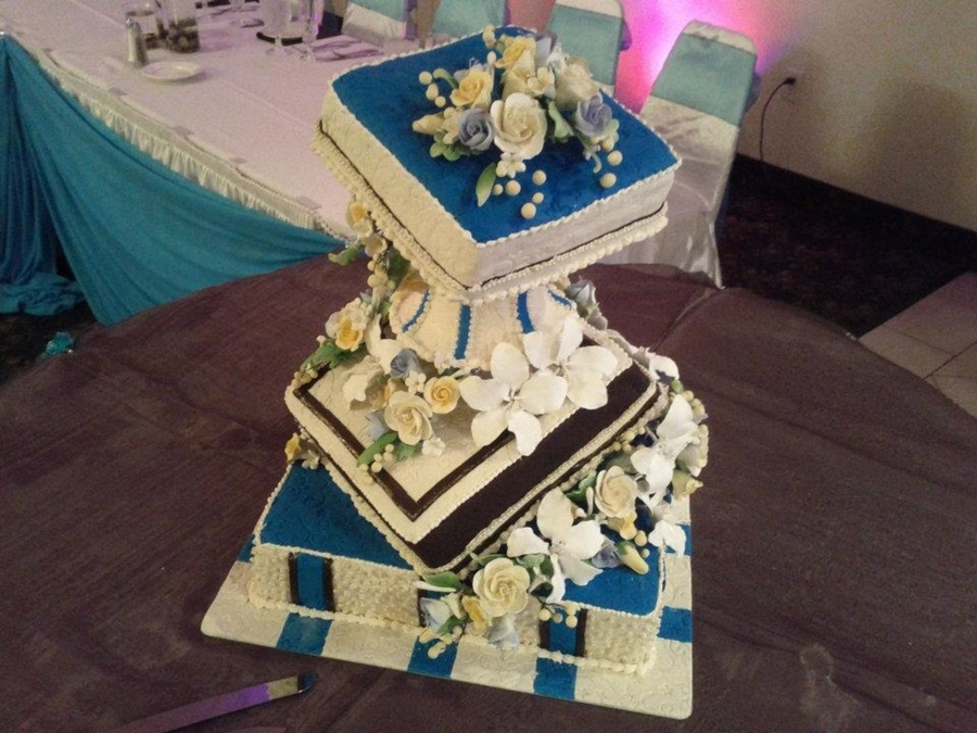 Fancy Wedding Cake on Cake Central