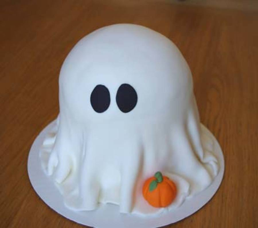 Ghost on Cake Central
