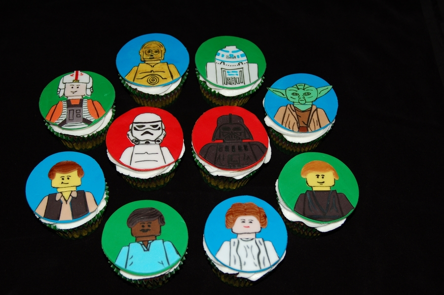 Lego Star Wars Cupcakes on Cake Central