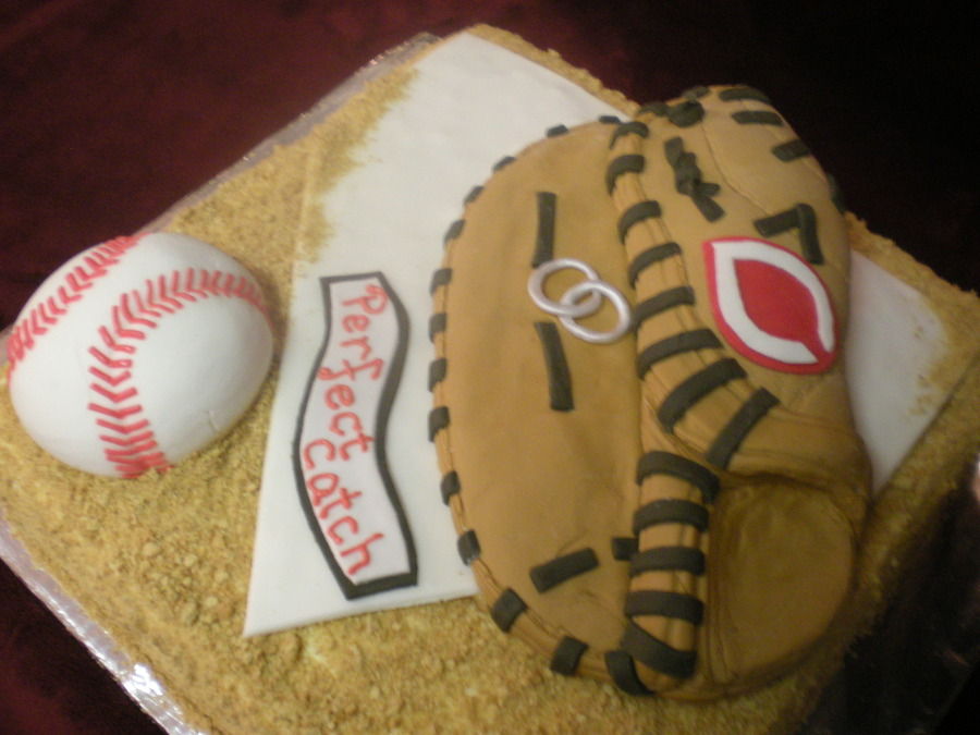 Cincinnati Reds/baseball Groom s Cake - CakeCentral.com