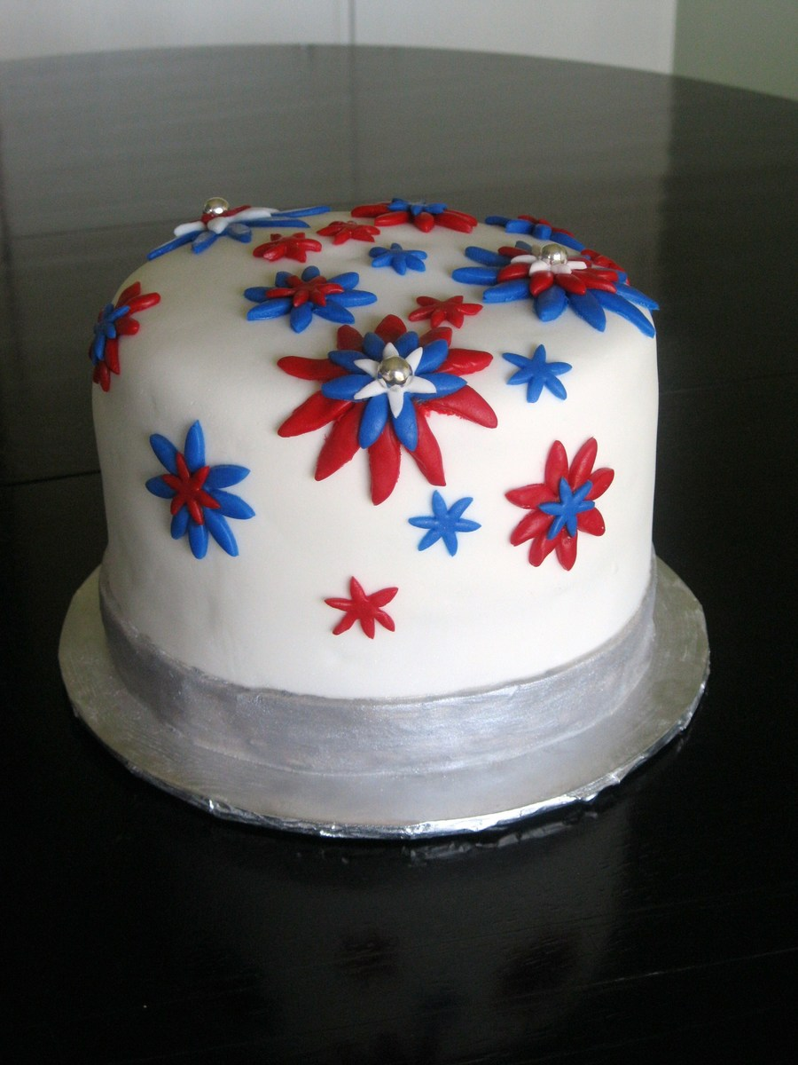 Fourth Of July Cake - CakeCentral.com