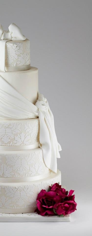 Stencil With Fondant Fabric Draping on Cake Central