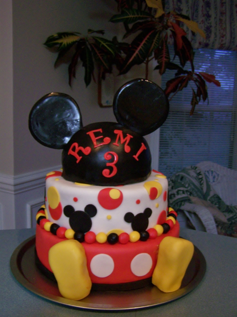 Mickey Cake on Cake Central