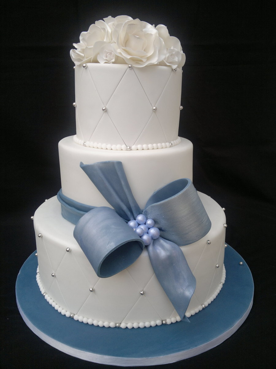3 tier white wedding cake 3 tier white wedding cake cakecentral 10356