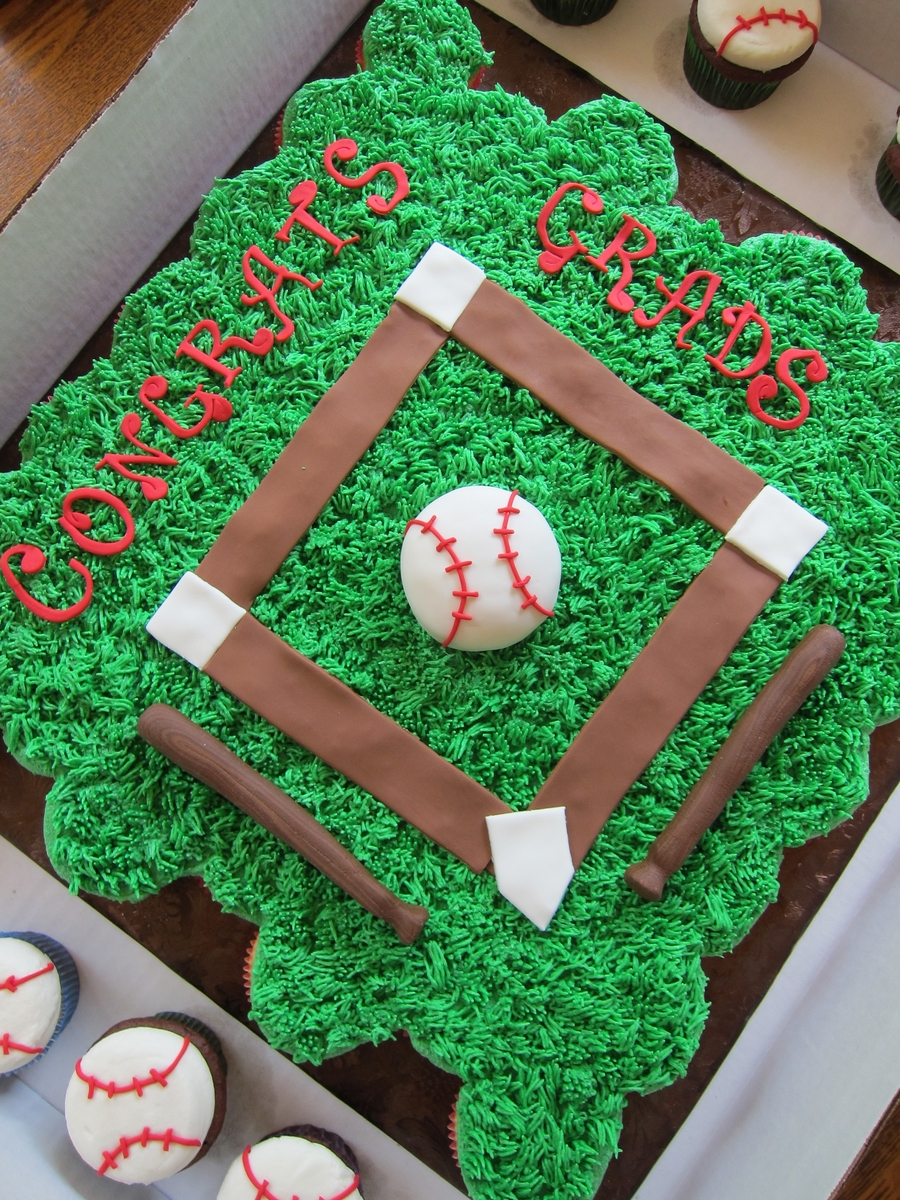 College Graduation Baseball Theme CakeCentralcom