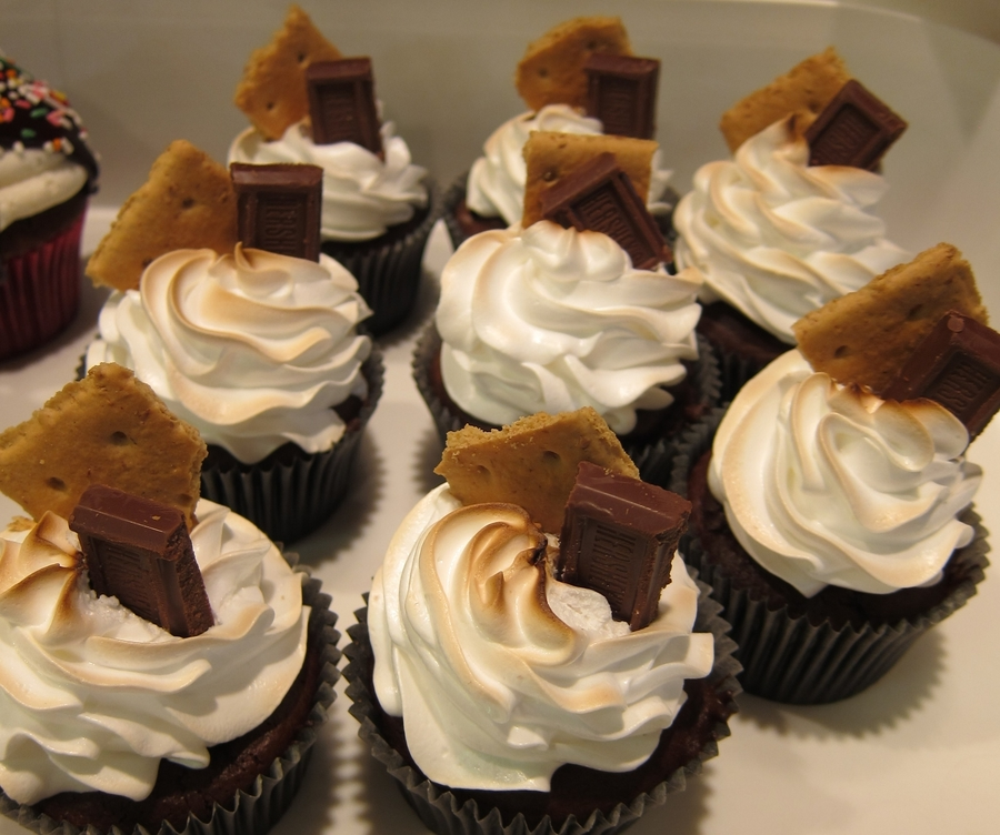Smore Cupcake on Cake Central