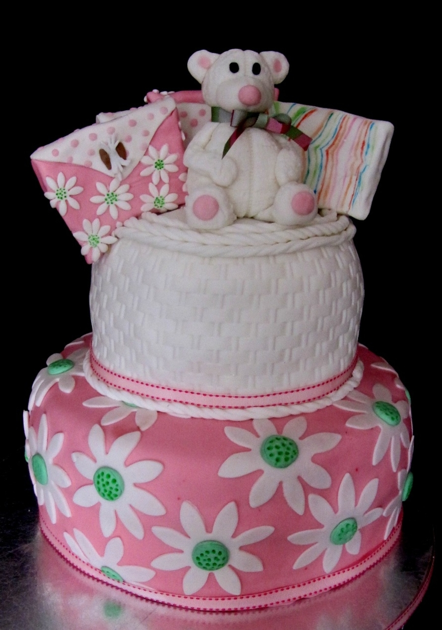Teddy Bear And Daisies on Cake Central