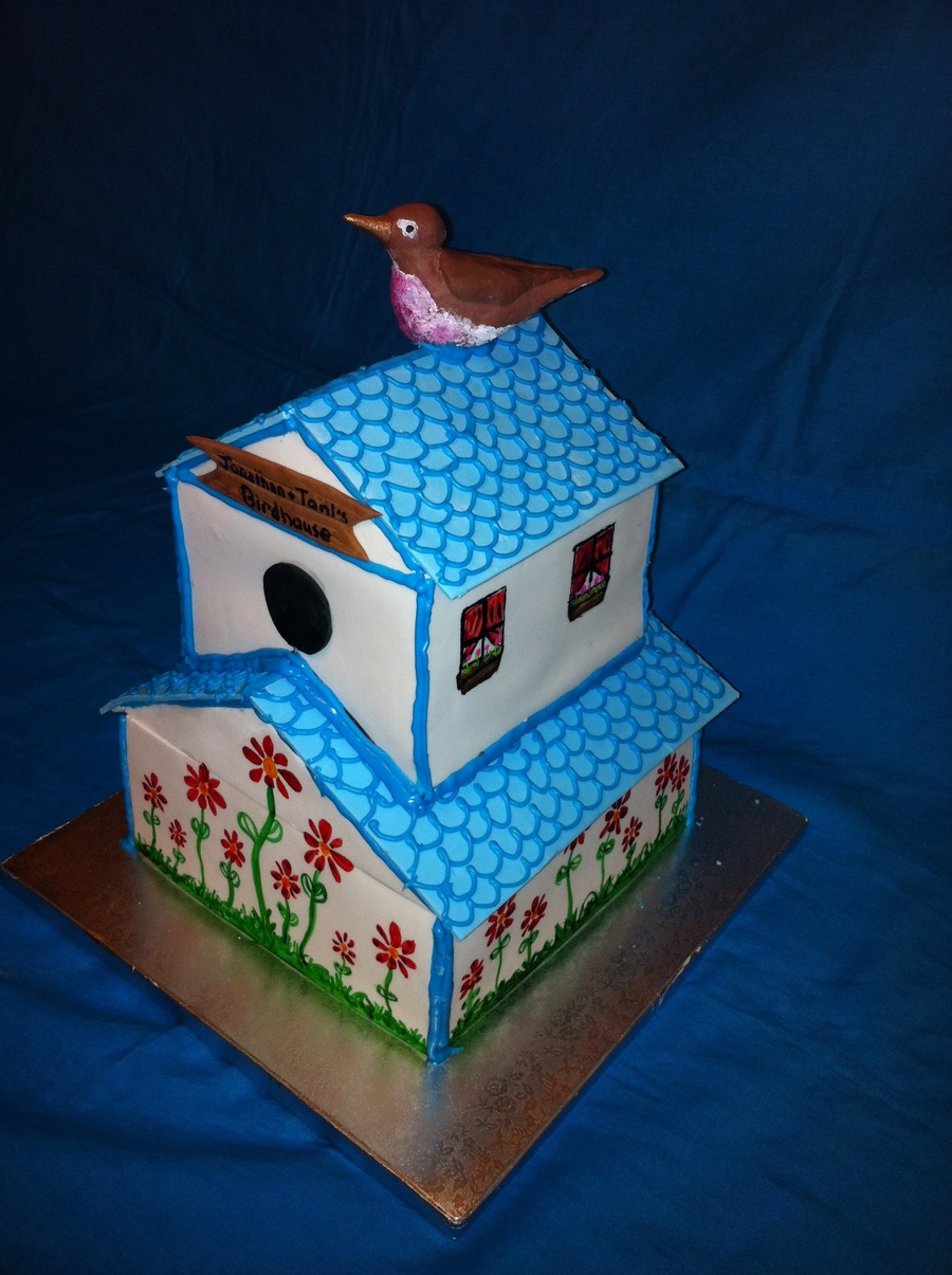 Birdhouse on Cake Central