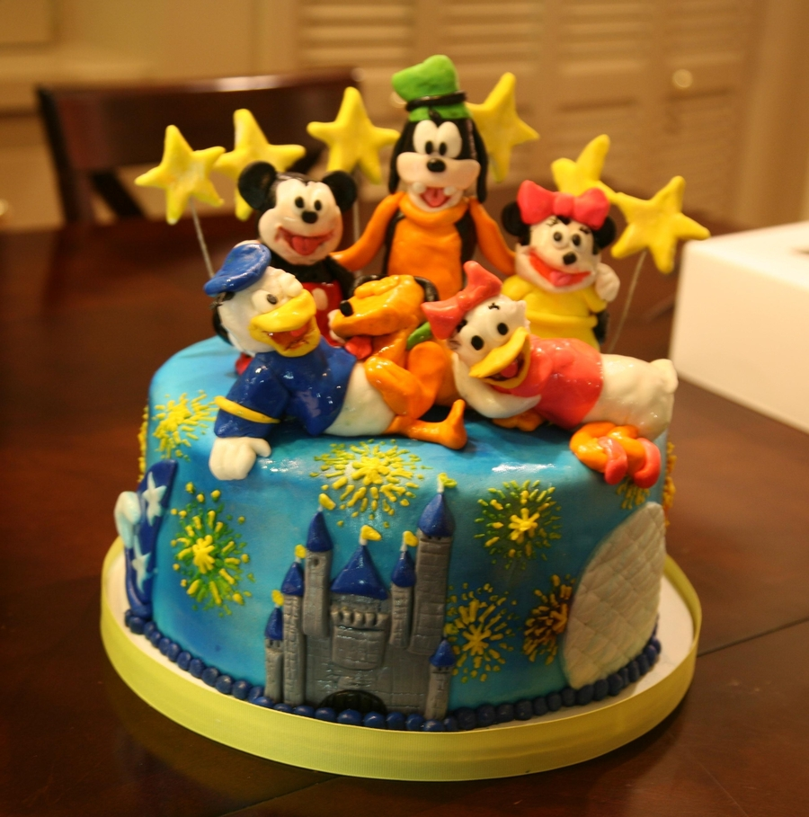 Incredible Disney World Birthday Cake Cakecentral Com Personalised Birthday Cards Veneteletsinfo