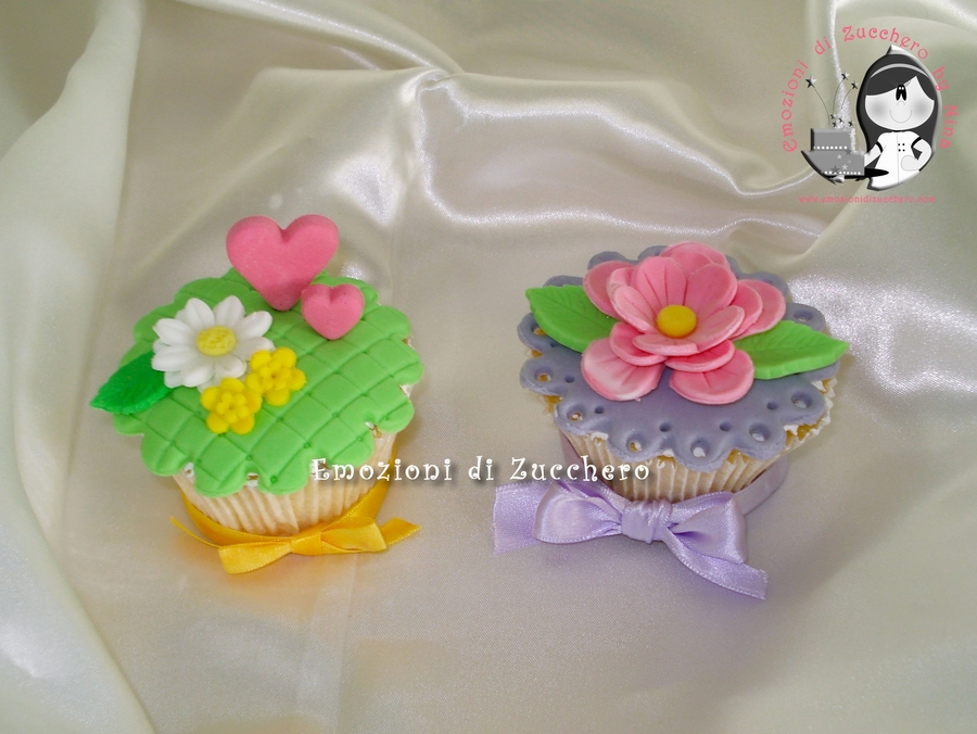 Flowers Cupcakes on Cake Central