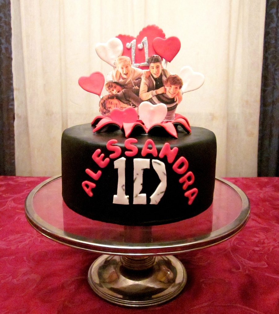 One Direction Cake  on Cake Central