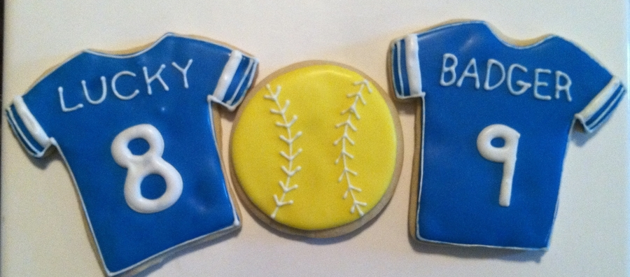 Softball  on Cake Central