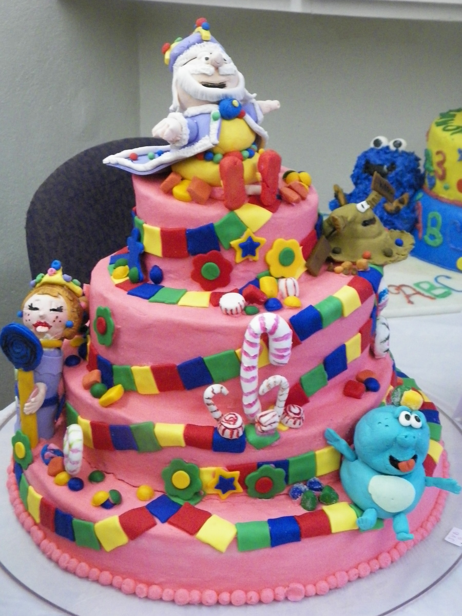 Candyland Themed Cake With The Origianl Character Of The