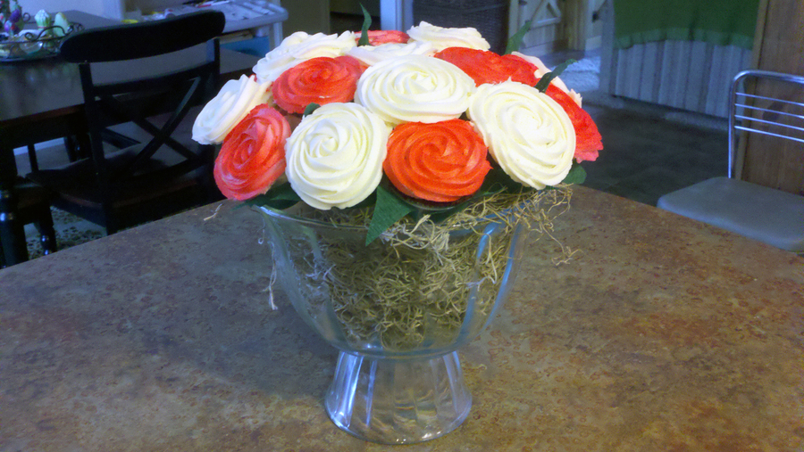 Red & White Cupcake Bouquet  on Cake Central