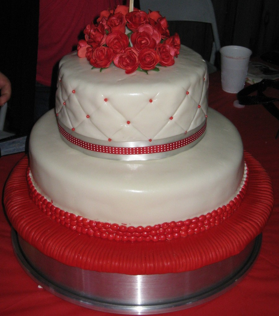Roses on Cake Central