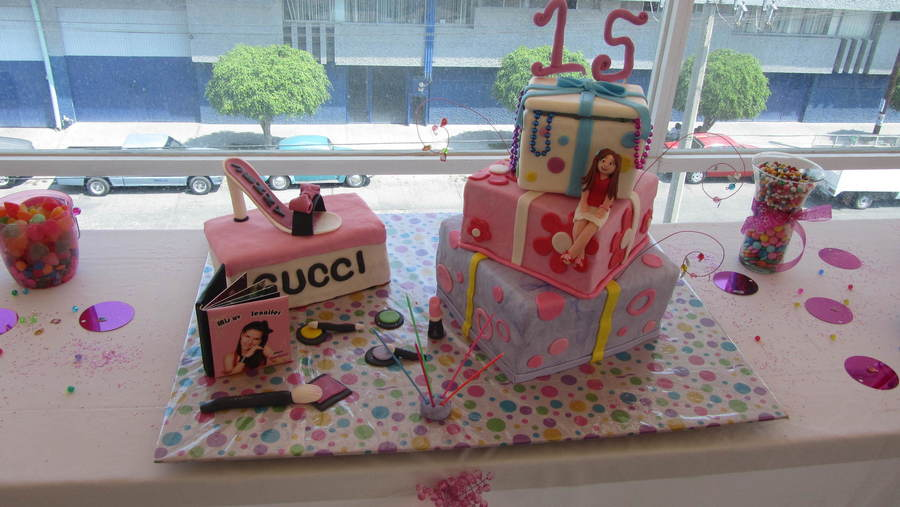 Fashion & Gift Quincea?era Cake on Cake Central